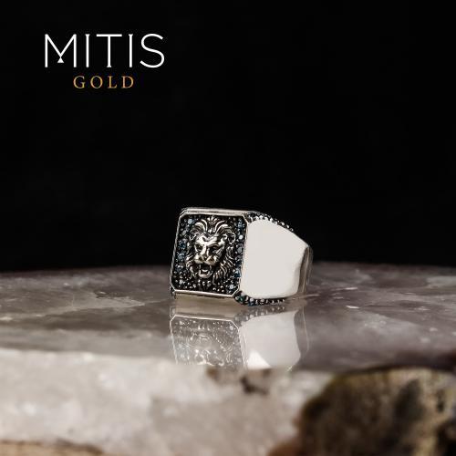 Aslan Figürlü Topaz Taşlı Gümüş Yüzük