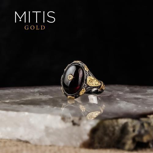 Selçuklu Motifi İşlemeli Yarı Değerli Taşlı Gümüş Yüzük